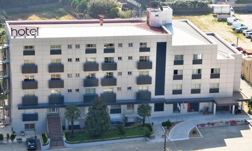 Hotel at Santa Feira